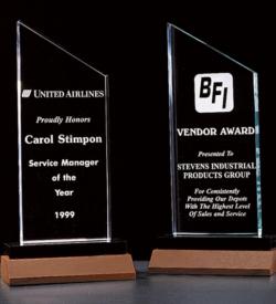 Zenith Summit Acrylic Award with Black Pedestal Walnut Base