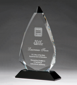 Arrow Series Crystal Award with Black Accent